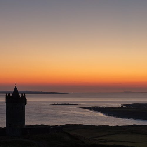 Michael-Gissane-Photography-Ireland-Doonagore-Castle-Doolin-Pano