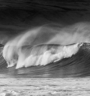Michael-Gissane-Photography-Ireland-monochrome-wild-atlantic-wave-clare-doolin-seascape
