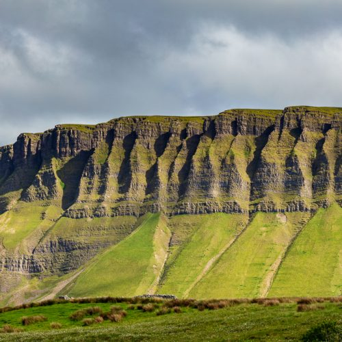 Michael-Gissane-Photography-Ireland-Nature-wildatlanticway-Big-Benbulben-sligo-mountains-landscape-green-ridges