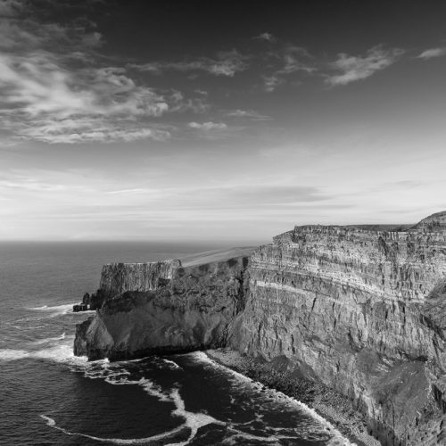 Michael-Gissane-Photography-Ireland-Landscape-CliffsofMoher-evening light-doolin-liscannor-cliffs-moher-sky-clouds-ocean-atlantic-wildatlanticway-beautifulireland