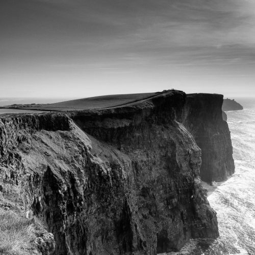 Michael-Gissane-Photography-Ireland-Landscape-evening-light-cliffsofmoher-moher-monochrome-seascape-wildatlanticway-ocean-liscannor-doolin-travel