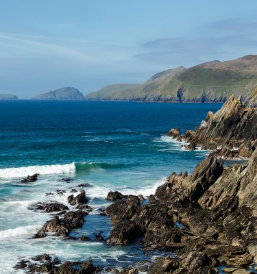 chael-Gissane-Photography-Ireland-Landscape-wildatlanticway-dingle-coast-atlantic-sleahead-seascape-waves-cliffs-rockyshore-shore-beach-coumeenoole