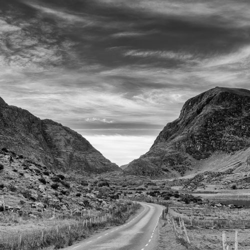 Michael-Gissane-Photography-Ireland-Landscape-gapofdunloe-kerry-dunloe-blackvalley-mountains-clouds-killarney-travel-roads
