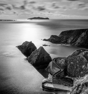 Michael-Gissane-Photography-Ireland-Landscape-wildatlanticway-dingle-coast-atlantic-sleahead-seascape-waves-cliffs-rockyshore-shore-beach-coumeenoole-seascape-loveireland-beautifulireland-travel-dunquin