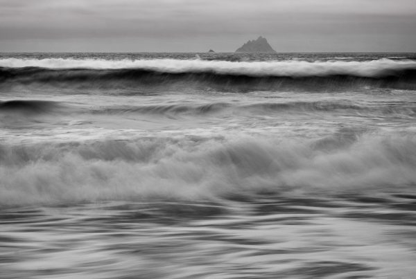 Michael-Gissane-Photography-Ireland-Landscape-wildatlanticway-coast-atlantic-seascape-waves-cliffs-rockyshore-shore-beach-c-seascape-loveireland-beautifulireland-travel-stfiniansbay-skellig-ring-blackandwhite-photography-roughseas